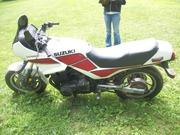 85 Suzuki GS 700 ES